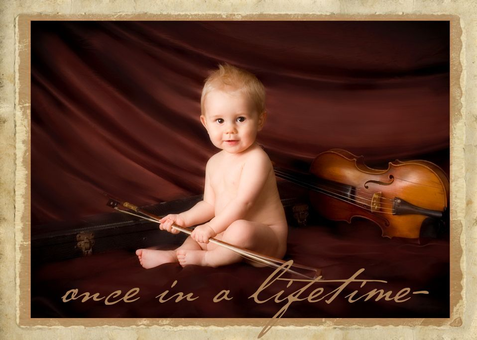 baby 8 month old with violin